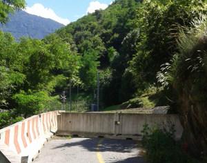 COSI' NON VA – Il giro del Crot e il sentiero dei Pellegrini
