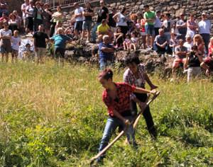 A MONNO, IN ALTA VALCAMONICA UNA SPLENDIDA FESTA DELLA MONTAGNA VIVA